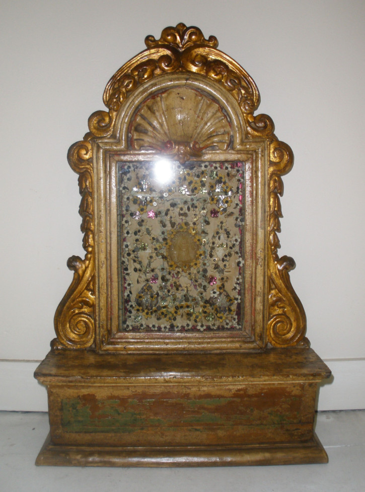 Wood Spanish reliquary