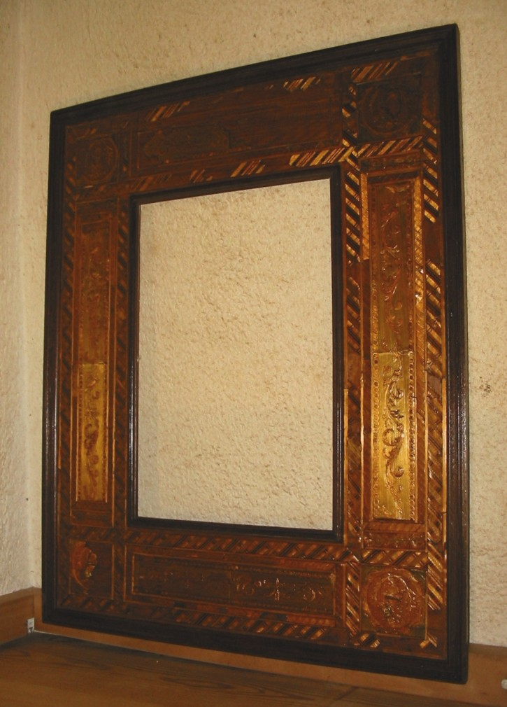 Straw marquetry frame
