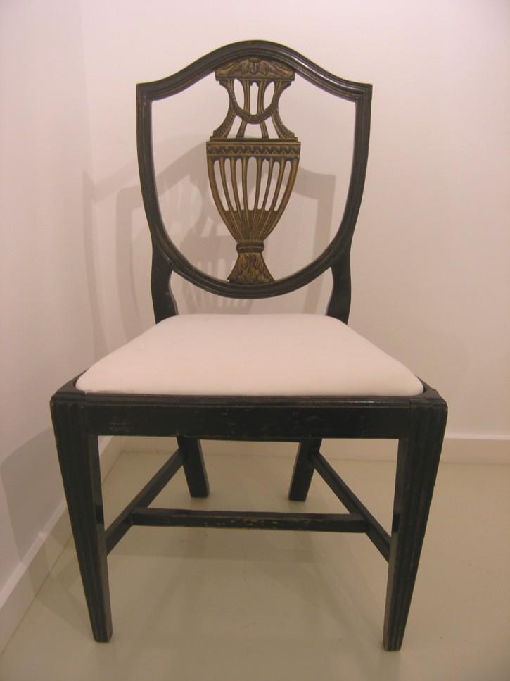 Conjunto de seis sillas Carlos IV. . Finales siglo XVIII