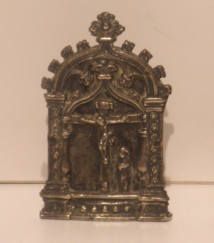 "Spanish ""Peace piece"" with Crucifiction () - Last 15th century, early 16th century - [Spain, XVI, Silver]"