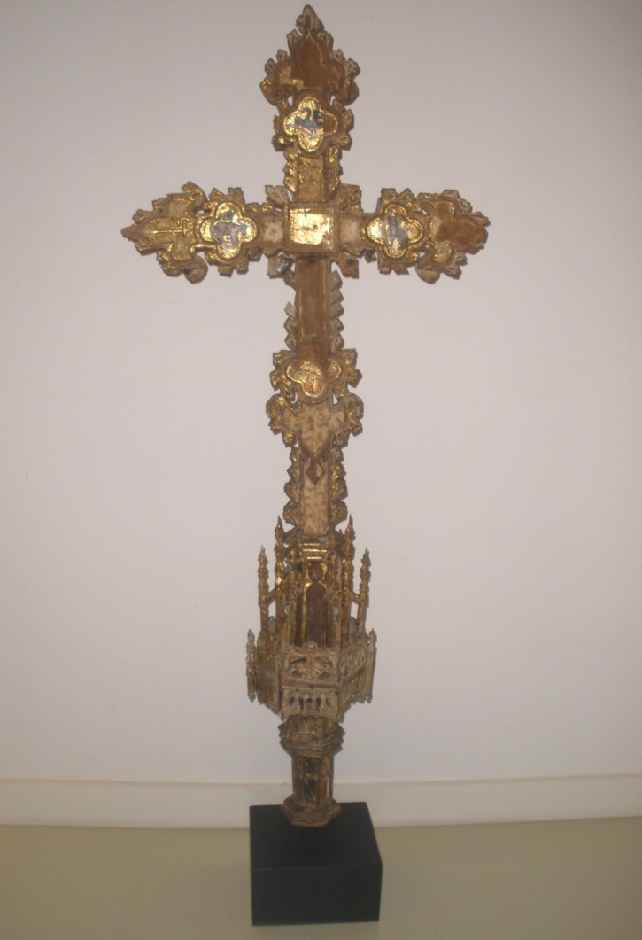 Processional Gothic cross